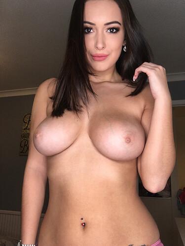 Lara (162)